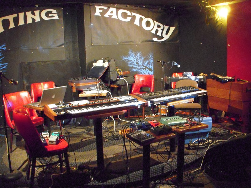 Knitting Factory Brooklyn Tickets : Knitting factory brooklyn bars cafes