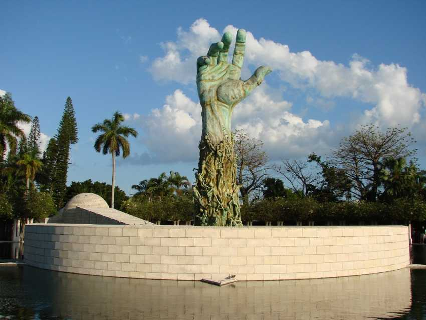 Holocaust Memorial Miami Beach Tourist Attractions Sightseeing Eventseeker