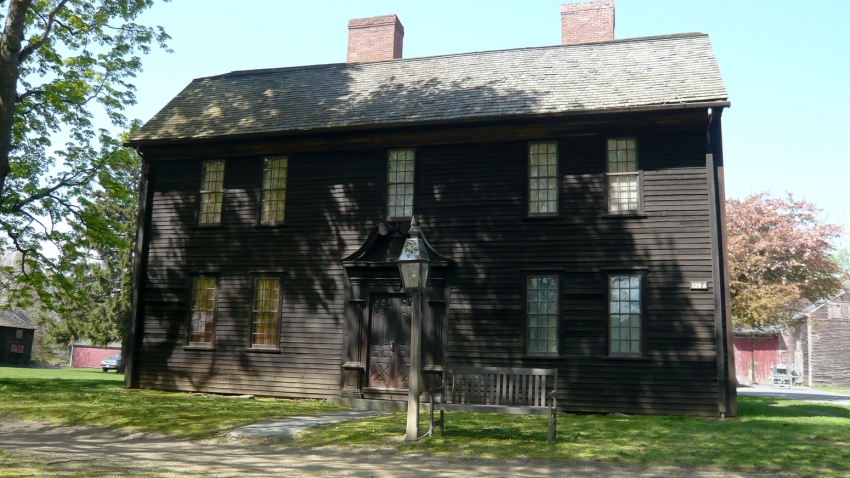 What Was Colonial New England Daily Life Like?