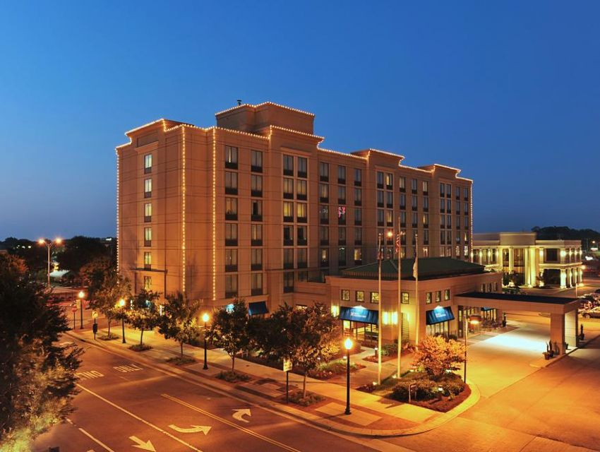 hilton garden inn virginia beach town center virginia beach accommodation eventseeker - Hilton Garden Inn Virginia Beach Town Center