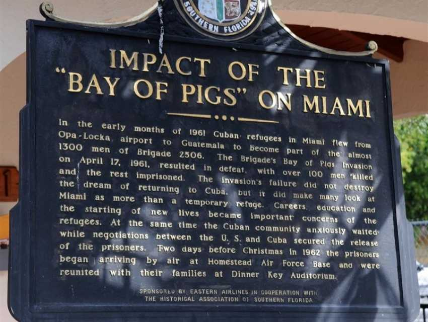 the history of the failed invasion of cuba at the bay of pigs What is the bay of pigs a knowledge archive southern part of cuba this bay is part of the history of cuba as it is the site of a failed invasion attempt.